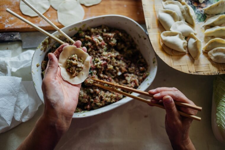 6 Tips From Chefs for Cooking at Home During Coronavirus - 2021 Guide 3