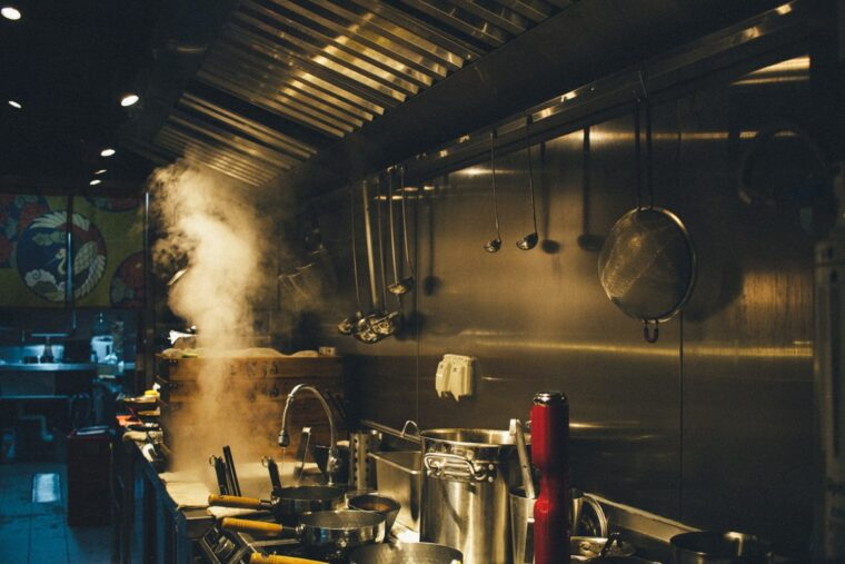 6 Ways To Keep Your Commercial Kitchen Safe 1