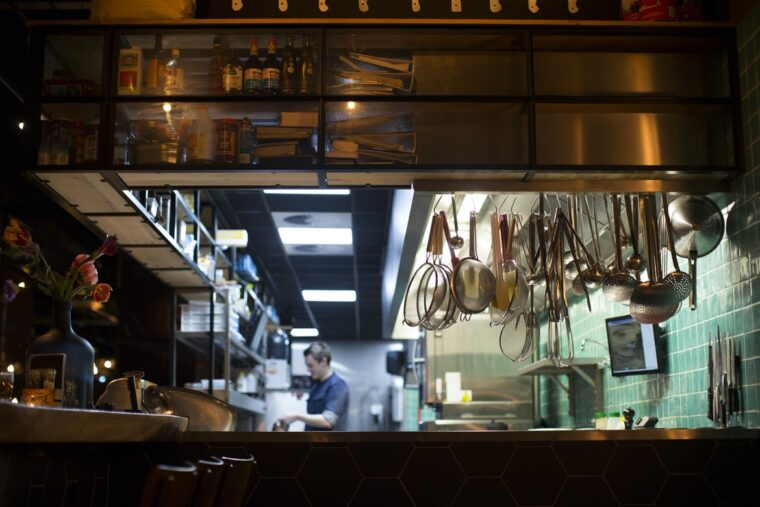 6 Ways To Keep Your Commercial Kitchen Safe 2
