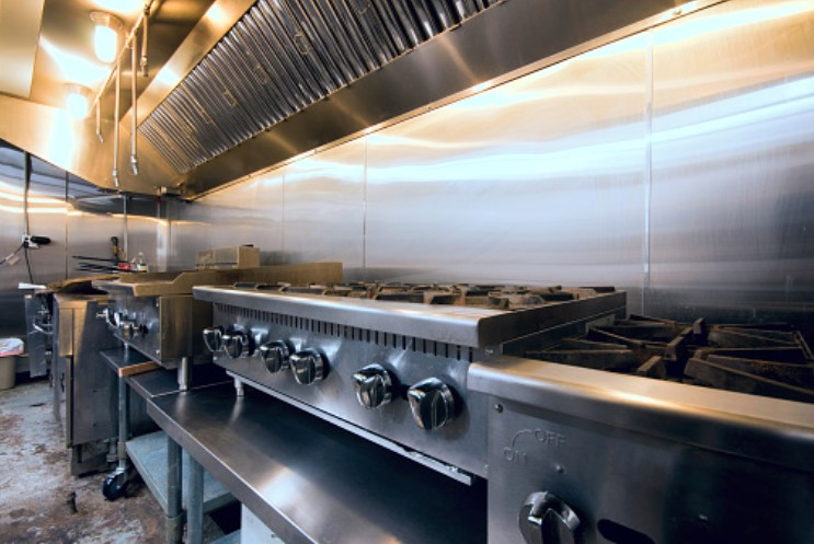 6 Ways To Keep Your Commercial Kitchen Safe 7
