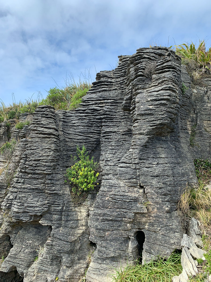 10-places-you-have-to-visit-in-the-south-island-of-new-zealand-pancake-rocks