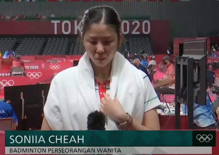 Badminton star soniia cheah vows to fight on after her loss to thailand's ratchanok
