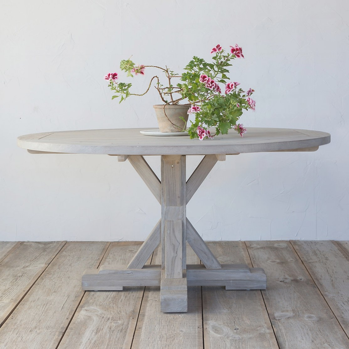 10 Easy Pieces: Round Wood Outdoor Dining Tables: Gardenista with Round Wood Dining Table
