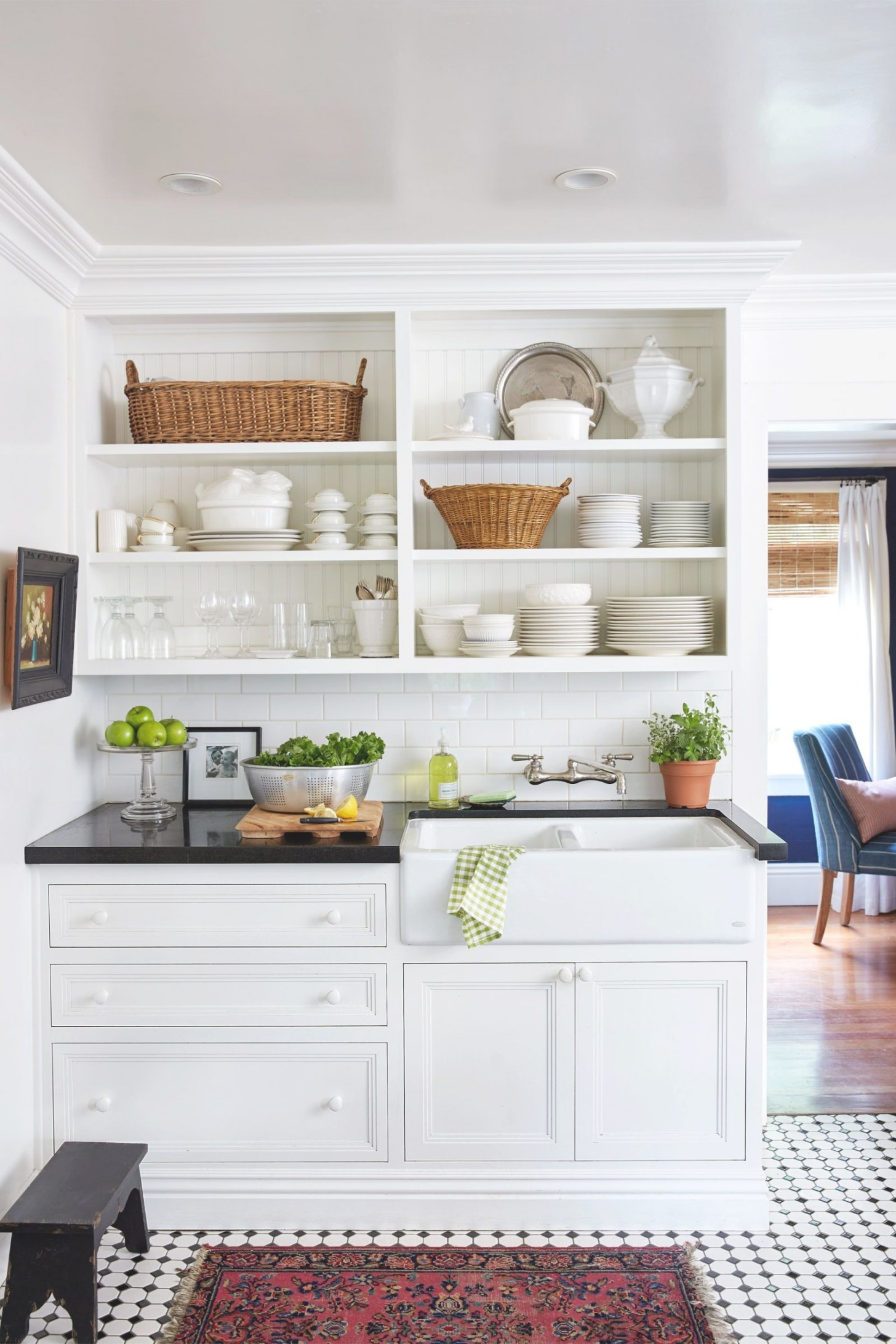 10 Must-Follow Rules For Making A Small Space Beautiful throughout Image Of Small Kitchen