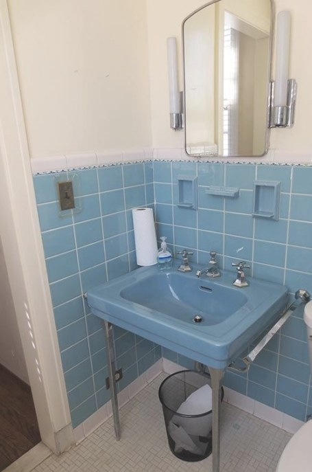 6 Colorful 1950 Vintage Bathrooms - The Comer House In throughout Vintage Blue Tile Bathroom