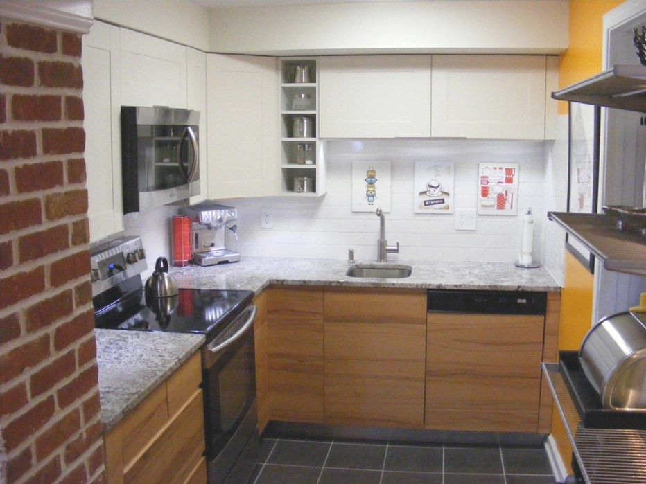 9 Space Saving Hacks For Small Kitchens | Easyfundraising Blog for Image Of Small Kitchen