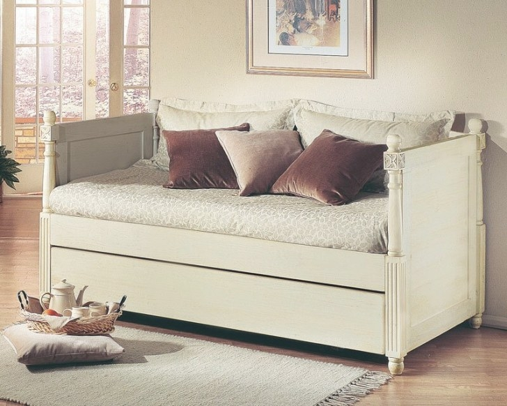 Alligator Monterey French Daybed With Pop-Up Trundle throughout Daybed With Pop Up Trundle