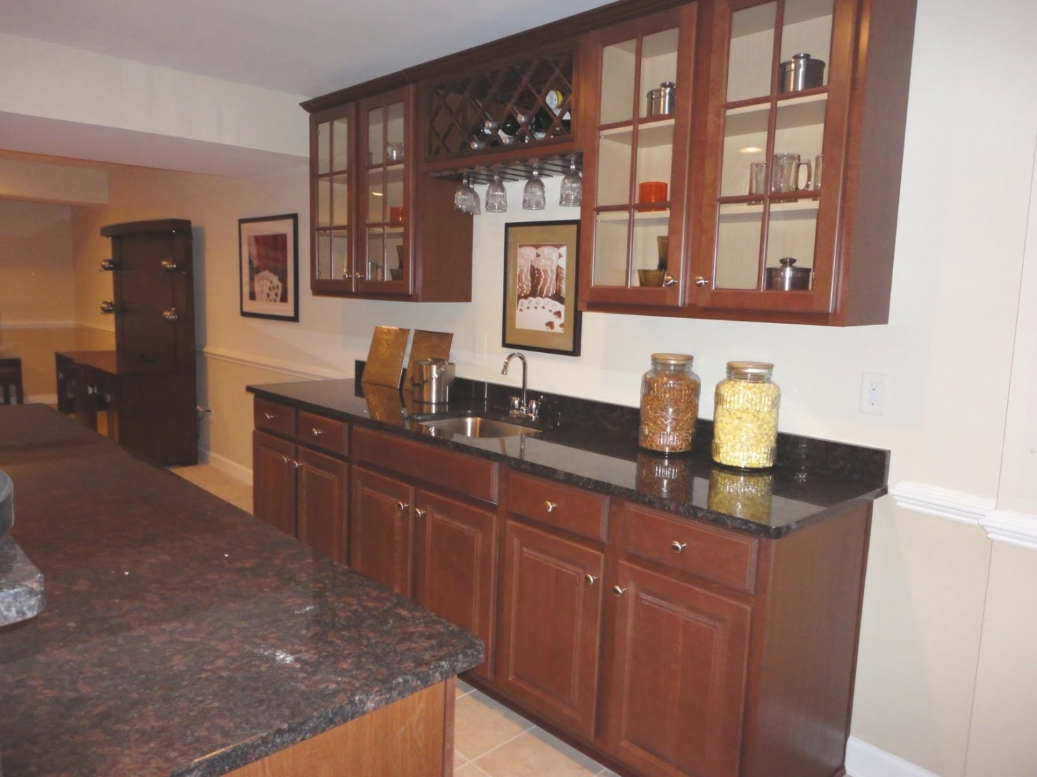 Building A Ryan Homes Avalon: Wet Bar Photos For Enna within Wet Bars For Homes