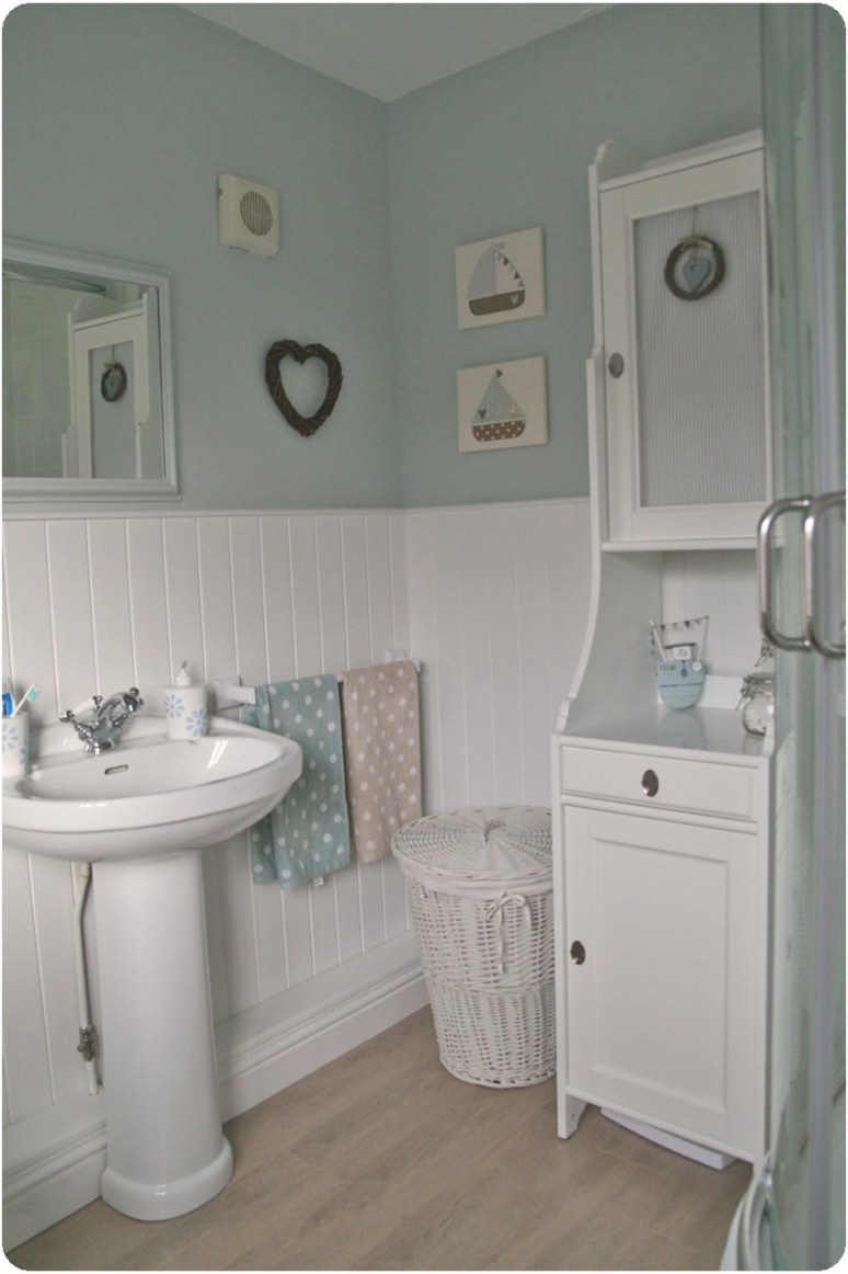 Countrykitty: En Suite Reveal! pertaining to Eggshell Paint For Bathroom