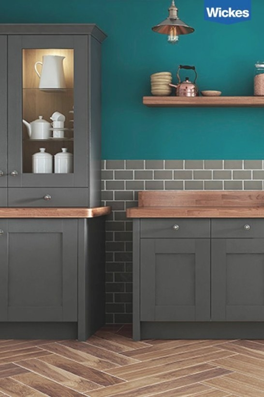 Dramatise A Spacious Kitchen With The Appearance Of with Teal And Gray Kitchen