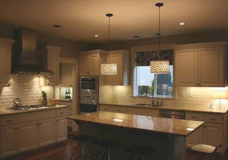 Hanging Your Pendant Light Fixture To A Proper Height with Kitchen Island Pendant Lighting