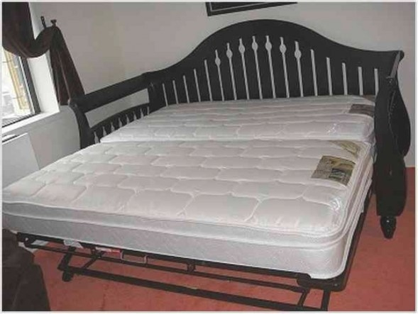 Queen Size Daybed With Trundle - Google Search | Daybed inside Daybed With Pop Up Trundle