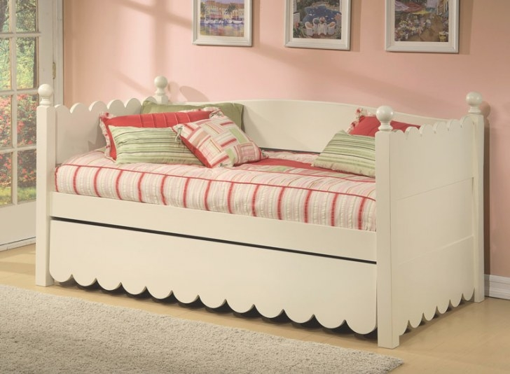 Scallop Twin Day Bedalligator Enterprise with regard to Daybed With Pop Up Trundle