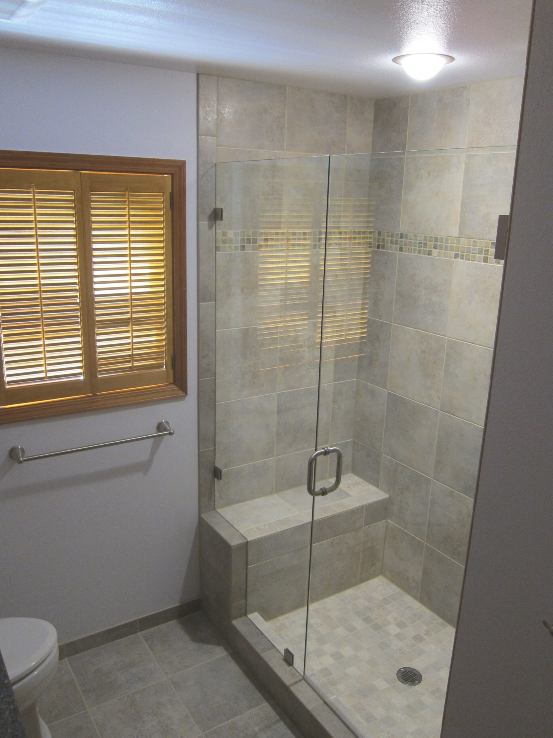 Small Bathrooms With Walkin Showers | Download Wallpaper in Walk In Shower For Small Bathroom