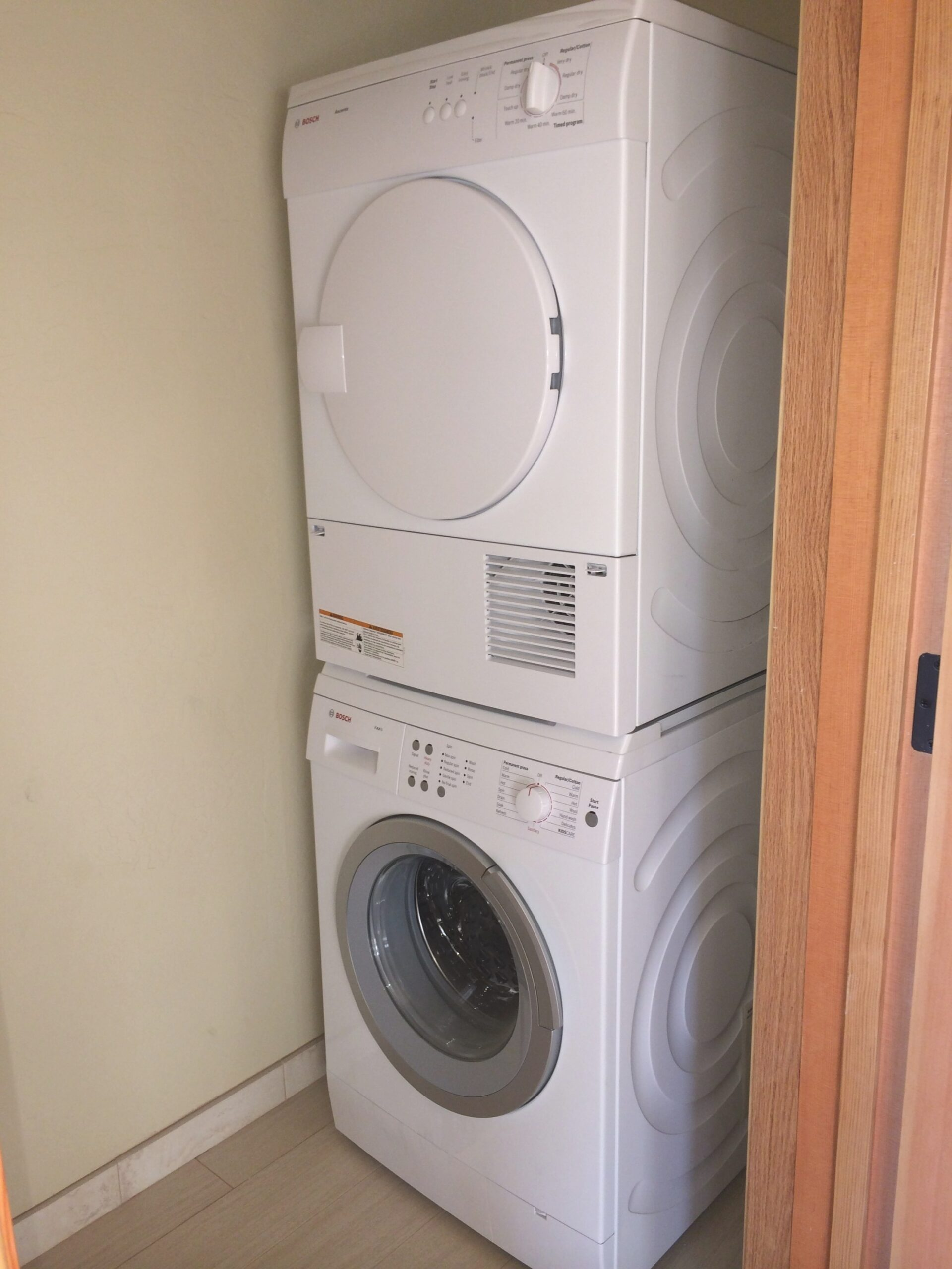 Small Stackable Washer Dryer Combo – Homesfeed with Washer Dryer Combo In Bathroom