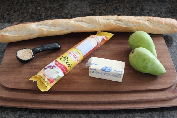 Caramelized Pear and Brie Grilled Cheese Ingredients