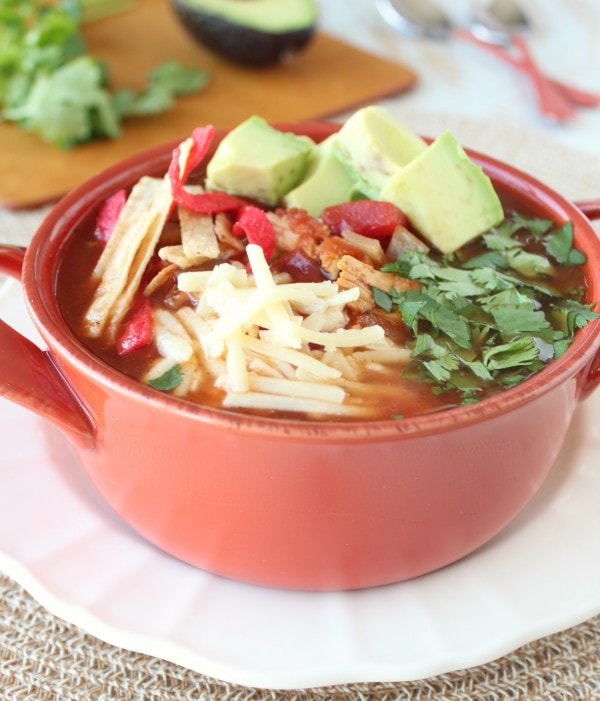 Slow Cooker Chipotle Chicken Tortilla Soup Recipe