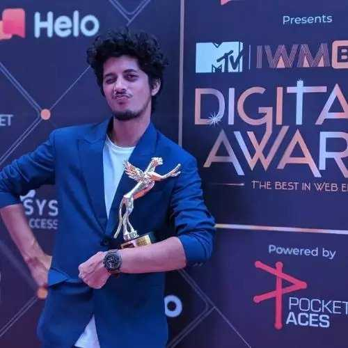 Mayur More with IWMBuzz Award