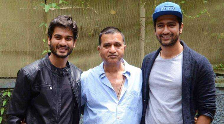 This image has an empty alt attribute; its file name is Vicky-Kaushal-with-his-father-Shyam-Kaushal-and-Brother-Sunny-Kaushal.jpg