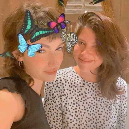 This image has an empty alt attribute; its file name is Ursula-Corbero-with-Sister.jpg