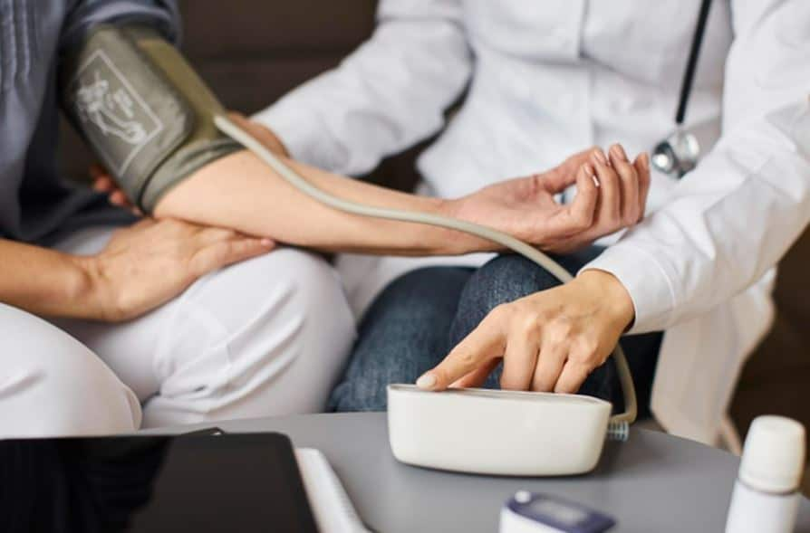 Blood Pressure – All You Need to Know :  Symptoms, Causes and Cure