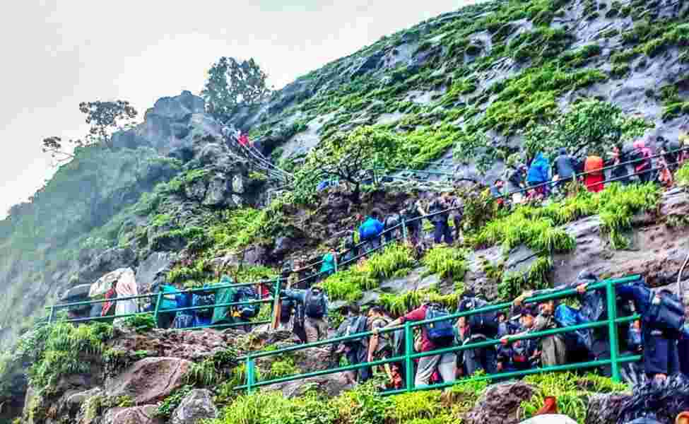 highest Kalsubai peak in the state is closed for tourists
