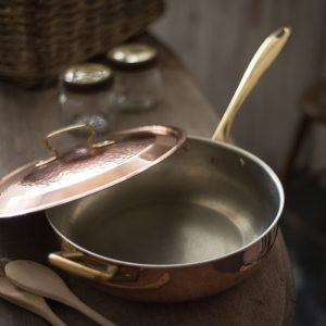 Italian copper kitchenware and artisan cookware