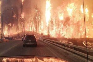 hell-canada-fort-mc-murray-incendie