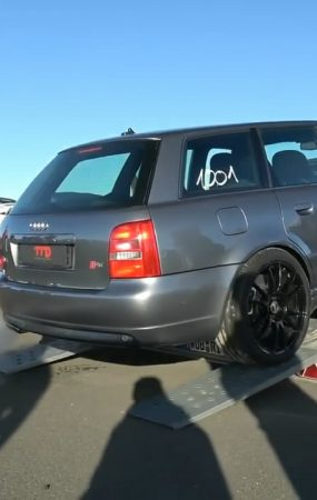 Old Audi S4 B5 With 1,442 HP Brutally Runs Half a Mile