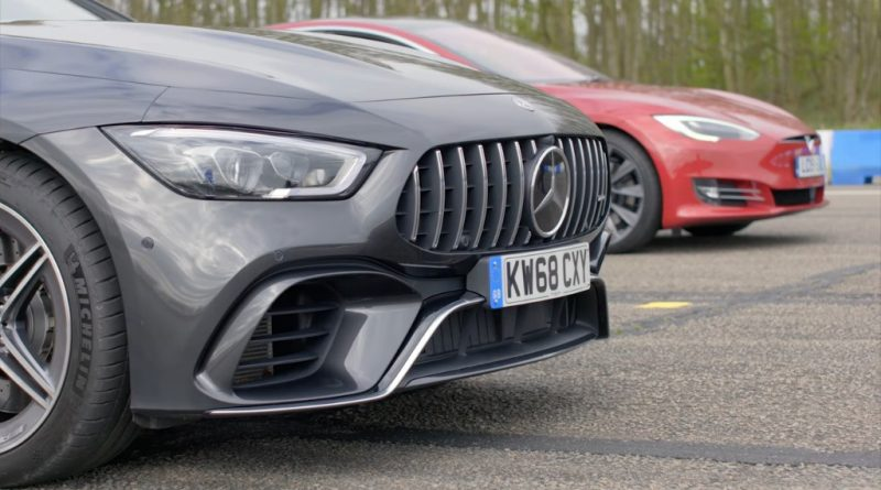 Tesla Model S P100D Battles Mercedes-AMG GT 63 in a Straight-Line