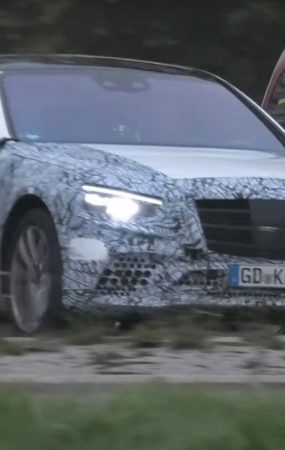 2021 Mercedes S-Class Accelerates Around the Nurburgring