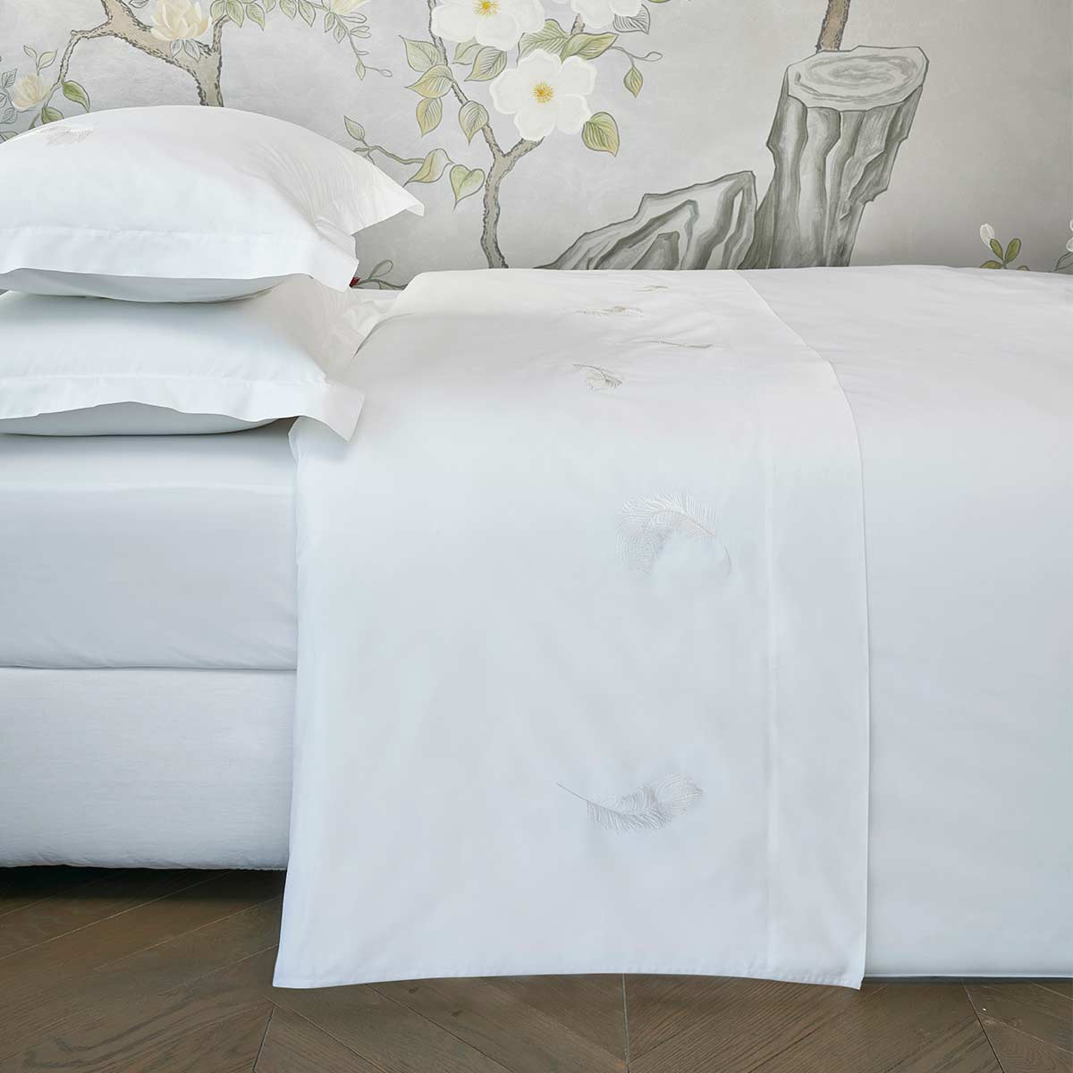 feather top sheet white