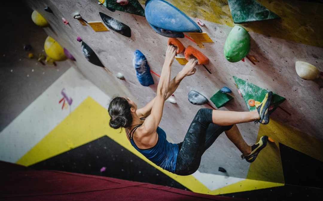 The 10 Best Climbing Shoes for Gym & Indoor Climbing