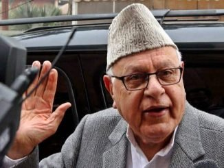 Farooq speaks to Rajnath Singh about the tense situation in Kashmir Valley
