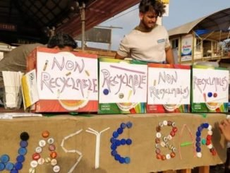 Free Beer For Cleaner Beach - Waste Bar Goa Offers Free Beer In Exchange For Garbage Collected From The Beach