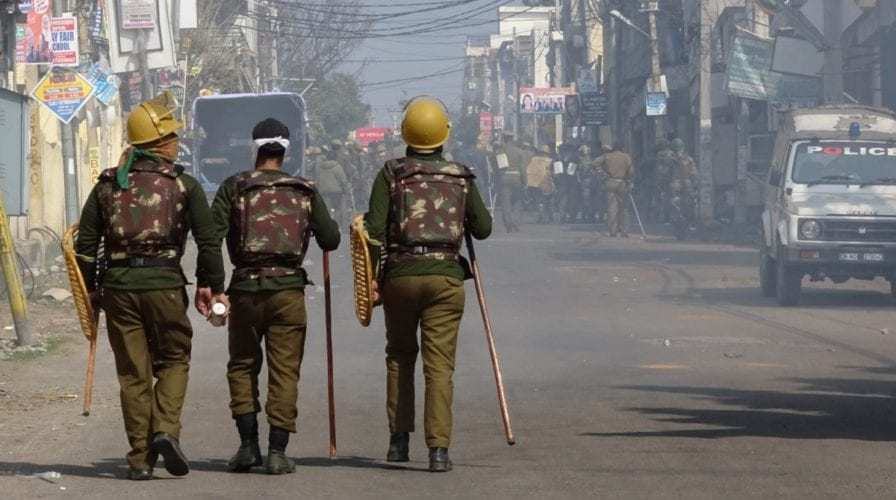Total Curfew In Jammu on third day after the angry protests by locals against the Pulwama Attacks