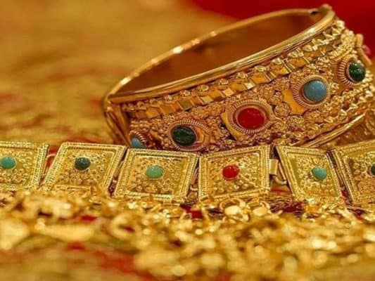 Jewellery stocks trade lower on Dhanteras, PC Jeweller drops by 5.6 pc
