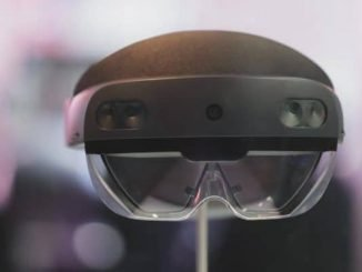 Microsoft HoloLens 2 is up for grabs, but not everyone can buy it