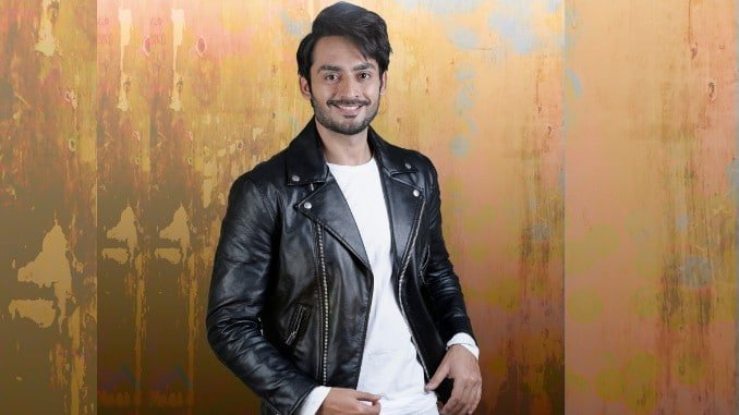 Karn Mehta nominated for Best Debut Male Award - Entertainment News Digpu