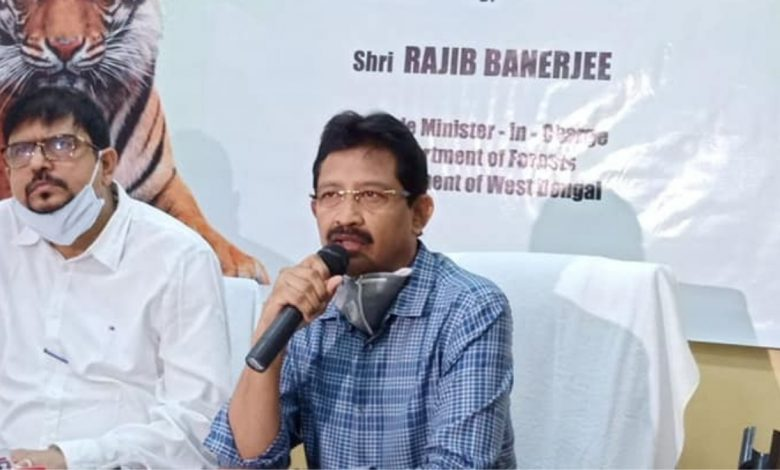 Cabinet Minister Rajib Banerjee resigns from his post - Digpu
