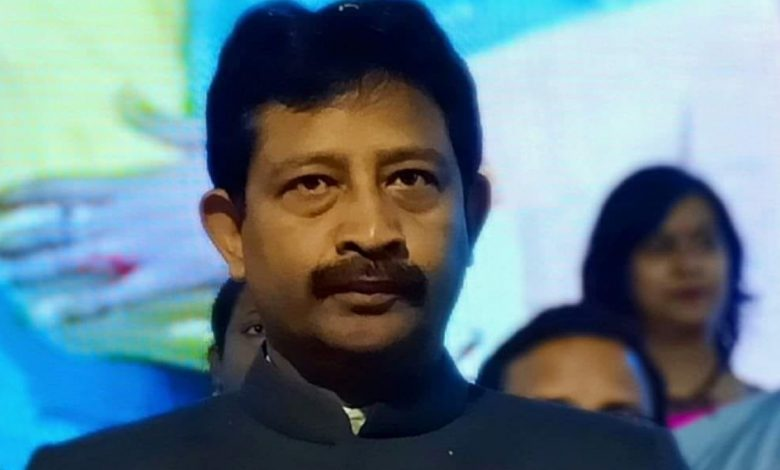 Former Bengal Minister Rajib Banerjee quits from Trinamool Congress party - Digpu