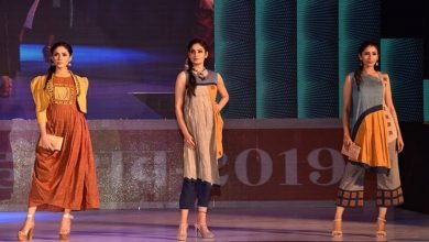 Khadi fashion show organised in Lucknow on UP Divas