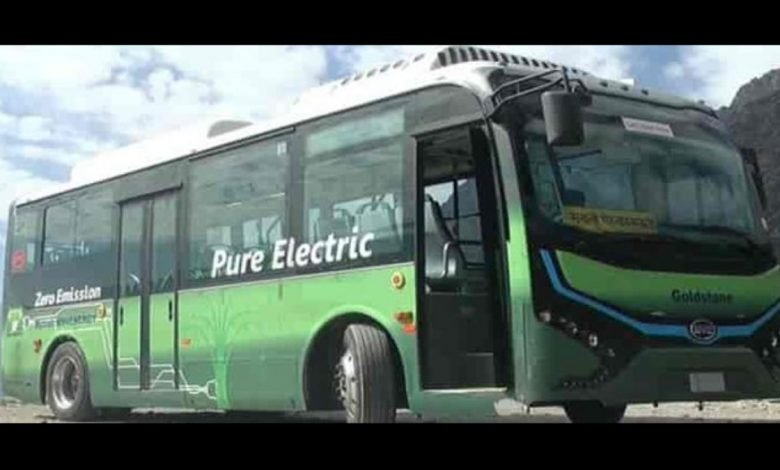 Andaman Lieutenant Governor flags off electric buses to curb pollution