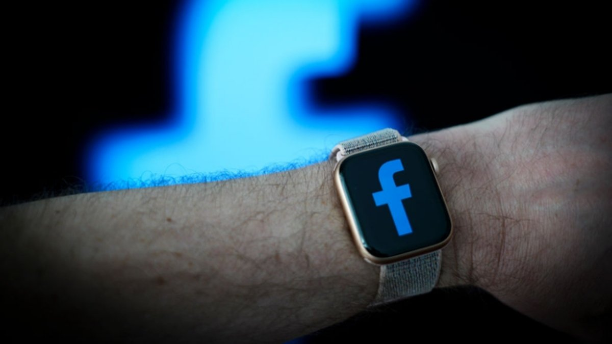 Facebook to launch a smartwatch with messaging, fitness features