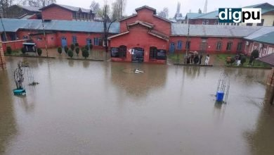 Heavy rains inundate Kashmir but weather expected to improve - Digpu News