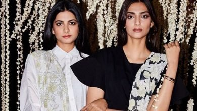 Sonam Kapoor shares a heartfelt message for her sister Rhea