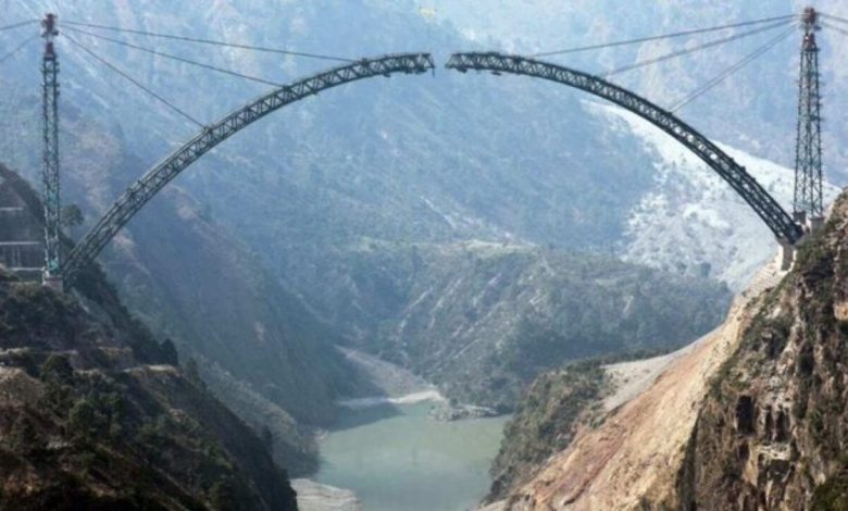 Indian Railways completes arch bottom of Chenab Bridge