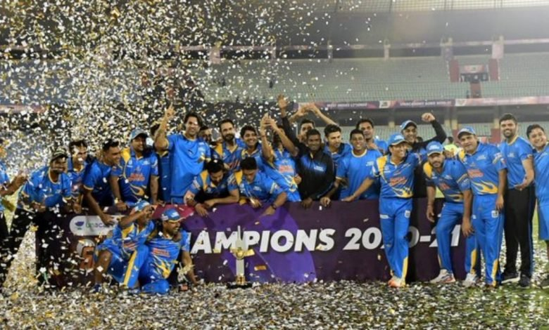 India Legends defeat Sri Lanka Legends by 14 runs to lift the title