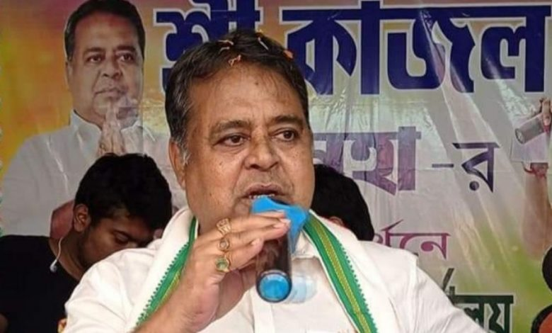 TMC candidate Kajal Sinha passed away due to COVID-19