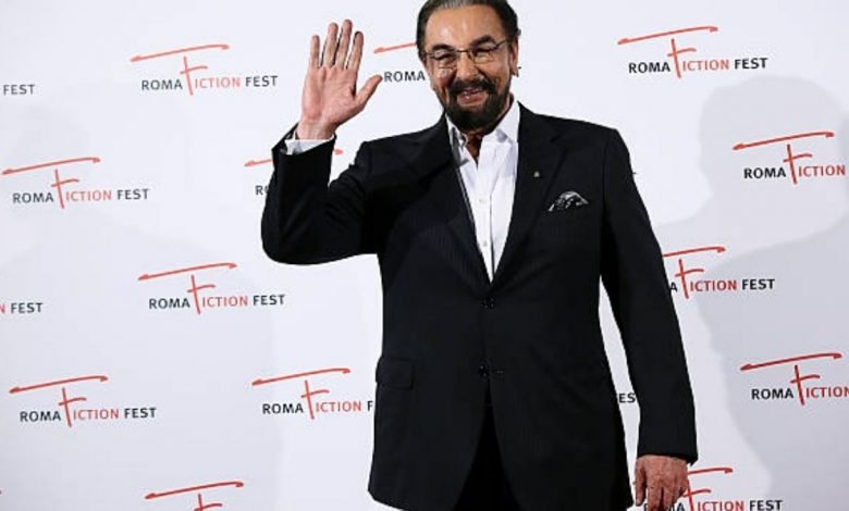 Kabir Bedi unveils book cover of his forthcoming memoir